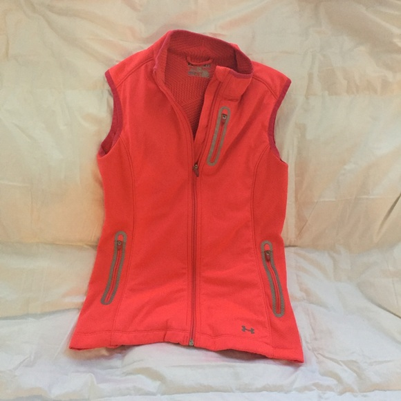 2e367fdb6f Underarmour High Visibility Cold-Gear Running Vest